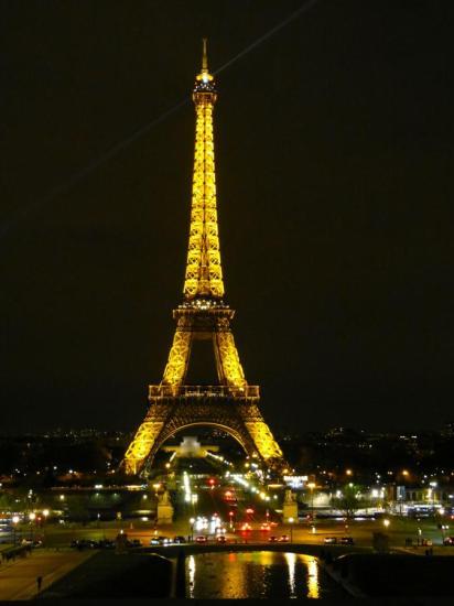 Eiffelturm bei Nacht Paris