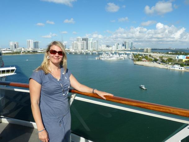 Blick auf Miami von der MSC Divina im Hafen