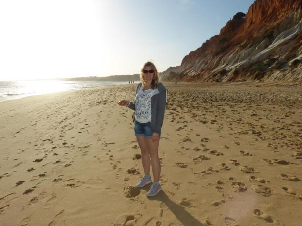 Riesenmuschelfund am Strand von Falesia-1200x900